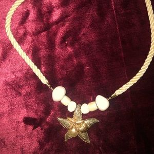 Vintage goldtone large starfish rope necklace